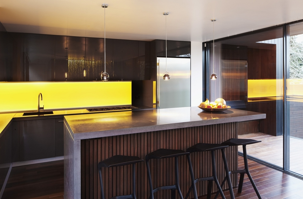 Altro Whiterock Yellow Splashback